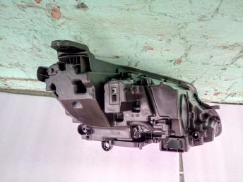 Корпус блок фары левой  Мерседес E 213