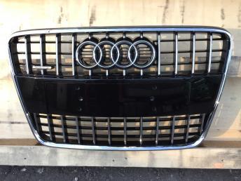 Ауди Audi ку7 Q7 Решетка радиатора