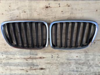 БМВ BMW Х1 Е84 X1 E84  решетка радиатора