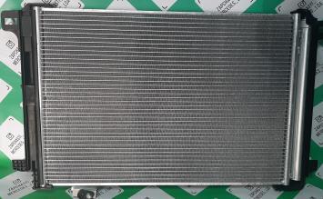Радиатор кондиционера Мерседес Бенц W 204 207 212