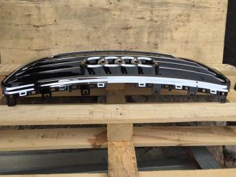 Решетка радиатора Audi A7