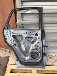 Ауди Audi Q3 ку3 Дверь задняя левая
