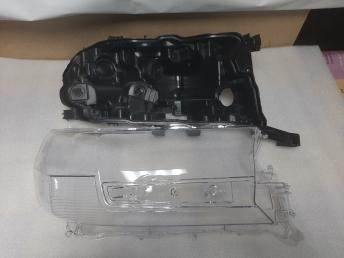 Фара правая   ремонтно решение Toyota Land Cruiser 200 2015