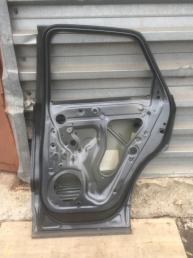 Ауди Audi Q3 ку3 Дверь задняя правая