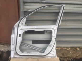 Mercedes  Мерседес Дверь передняя правая