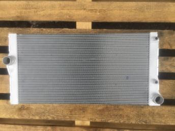 БМВ BMW Радиатор