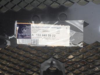 Mercedes  Мерседес Решетка бампера
