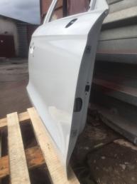 Ауди Audi а1 8х Дверь передняя правая