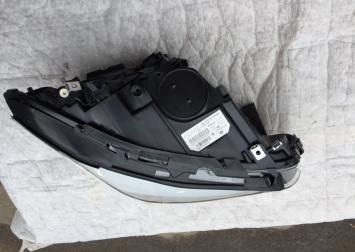 Фара   ксенон BMW 5 F10/F11 2010