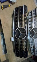 Решетка радиатора бампера мл Mercedes W164 ML 2005-2011