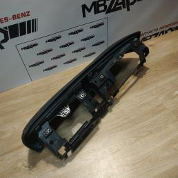 Козырек торпедо Mercedes W221 S