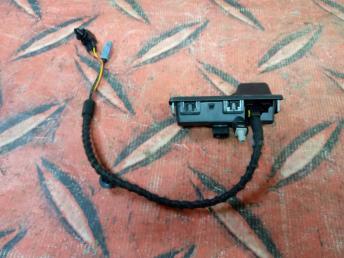 Камера заднего вида Skoda Karoq 8W8827566C