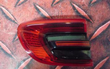 Фонарь левый внутренний Porsche Macan 95B945093F