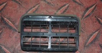 Решетка вентиляции салона Subaru Outback B15  72651AJ001