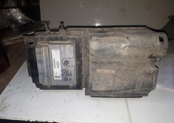Корпус воздушного фильтра volvo S40 C30 2.4 Л