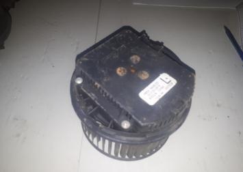 Моторчик печки volvo S40 C30 V50 2004-2012гг