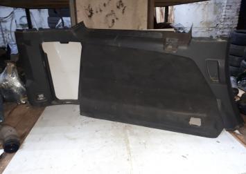 Обивка багажника левая volvo XC90