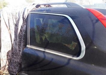 Форточка стекло заднего левого крыла Volvo XC90