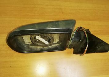 BMW Е 38 левое боковое зеркало в дверь без элемент