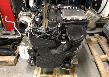 Двигатель в сборе для Mercedes w213 OM654.920 A6540104604