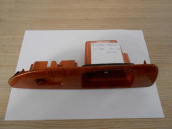 LC100 Накладка кнопки стеклоподъёмника RR LH 7427260071 7427260071