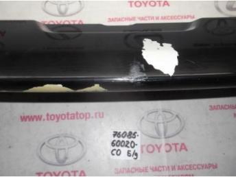 Спойлер крышки багажника с дефектом Б/У 7608560020c0 7608560020c0