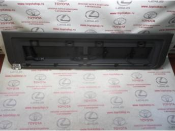 Накладка борта багажника Б/У 6478060320B4 6478060320B4
