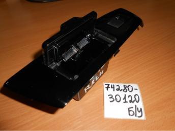 Панель задней двери Lh Б/У 7428030120 7428030120