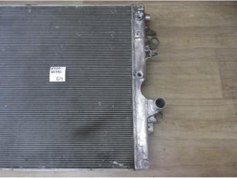 Радиатор Б/У 1640030390 1640030390