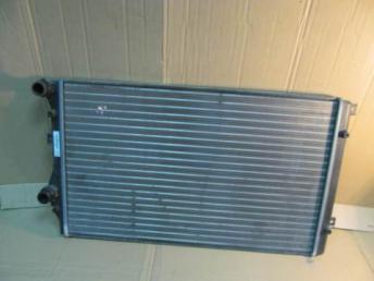 Радиатор охлаждения Golf 5 АУДИ SEAT SKODA 1K0121253BB