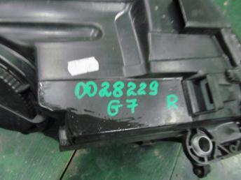 Фара ксенон правая VW GOLF 7  5G1941044