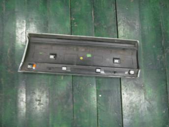 Накладка двери задняя правая VW TOUAREG БУ 7P6854950H