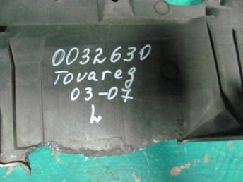 Кронштейн фары левый Фольксваген Touareg БУ 7L6941613C
