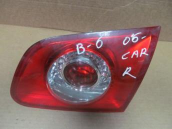 Фонарь задний правый внутренний Passat B6 универса 3C9945094A