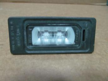 Фонарь подсветки номера диодный Audi бу 4G0943021