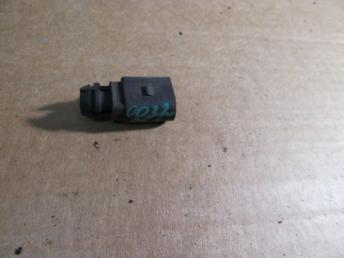 Датчик температуры воздуха Audi VW 8Z0820535 БУ 8Z0820535