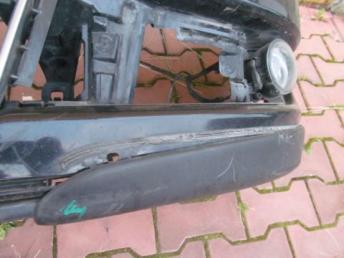 Бампер передний TOURAN CROSS + решётка радиатора  1T0807217G