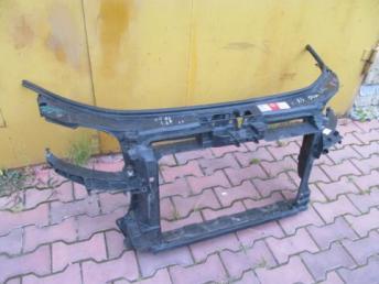 Панель передняя (телевизор) Audi A3 8P АУДИ А3 БУ 8P0805588