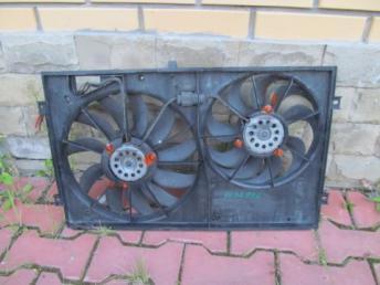 Диффузор вентилятора Audi A3 8P ТОУРАН БУ 1K0121207M