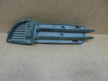 Решетка бампера левая АУДИ А3 2004 - 2008 5-ти две 8P4807681A