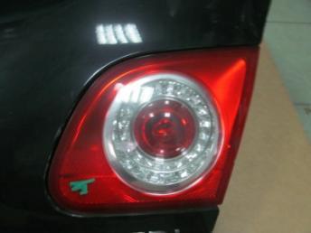Крышка багажника PASSAT B6 седан  3C5827025H