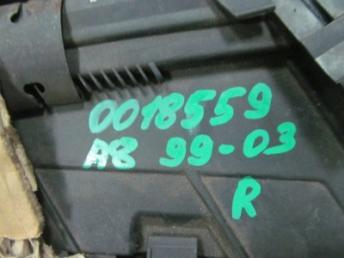 Фара ксенон правая AUDI A8 4D0 БУ 4D0941004BC