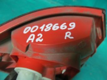 Фонарь правый AUDI A2 БУ 8Z0945096C