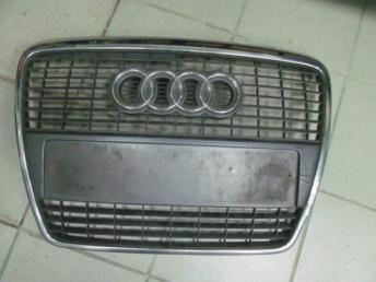 Решётка радиатора AUDI А6 2005 - 2008 4F0853651