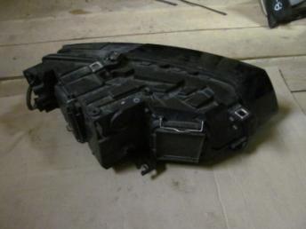 Фара галогенновая левая AUDI Q5 (2009-2011) Б/У 8R0941029L