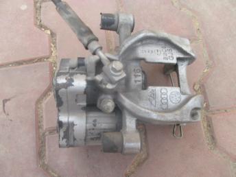 Супорт тормозной AUDI A3 VW GOLF 7 задний правый 8V0615424