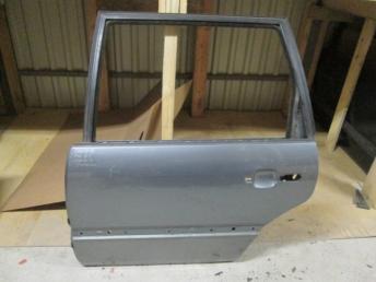 Дверь задняя левая VW PASSAT B4 (1994-1996) универсал Б/У 3A9833055