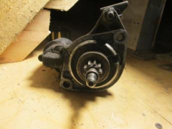 Стартер AUDI / VW 4 цилиндра 020911023FX Б/У 020911023FX