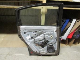 Дверь задняя левая седан в сборе VW PASSAT B5 (1997-2002) Б/У 3B5833051R