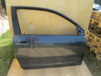 Дверь правая VW POLO  6Q3831056K